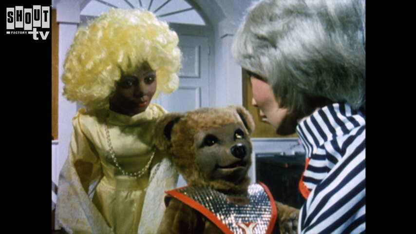 Terrahawks: S1 E11 - The Ugliest Monster Of All