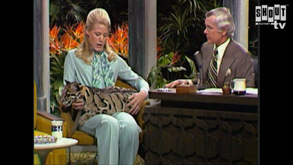 The Johnny Carson Show: Animal Antics With Joan Embery (1/1/75)