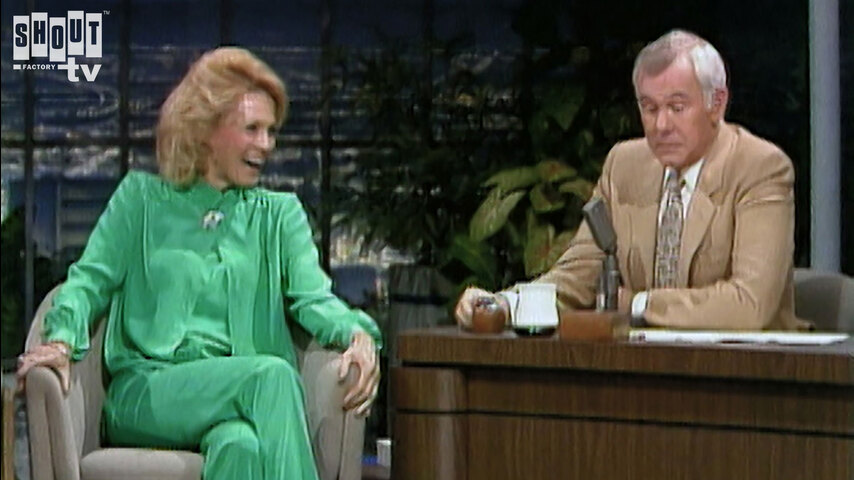 The Johnny Carson Show: Hollywood Icons Of The '70s - Angie Dickinson (12/30/80)