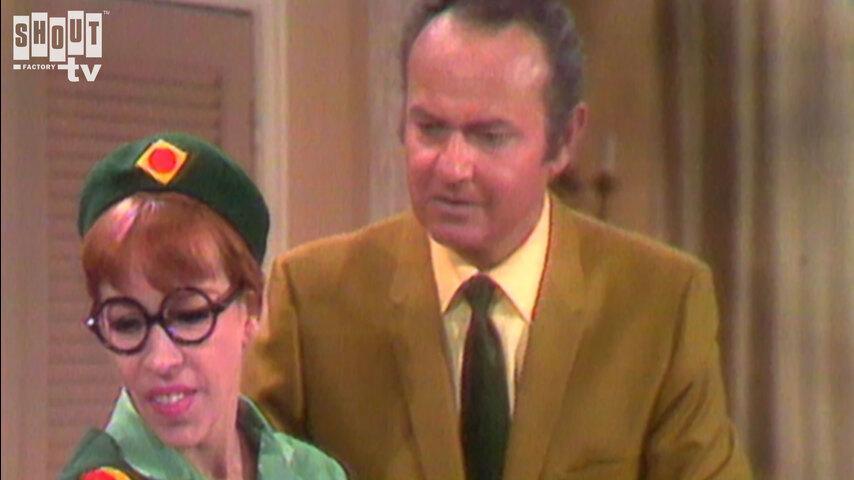 The Carol Burnett Show: S2 E22 - Ross Martin, John Davidson