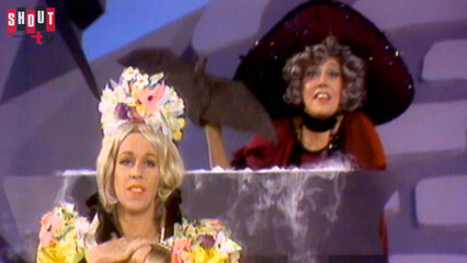 The Carol Burnett Show: S2 E28 - Imogene Coca, Robert Goulet