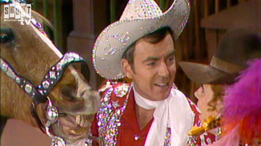 The Carol Burnett Show: S5 E15 - Ken Berry