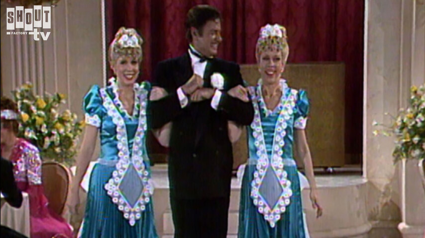 The Carol Burnett Show: S5 E28 - Family Show