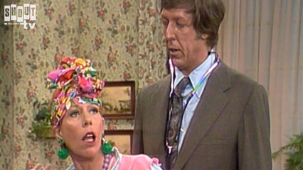The Carol Burnett Show: S6 E22 - David Hartman, Paula Kelly