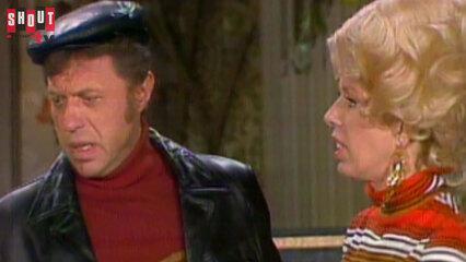 The Carol Burnett Show: S7 E21 - Steve Lawrence