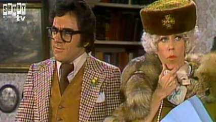 The Carol Burnett Show: S7 E13 - Anthony Newley, Dick Martin