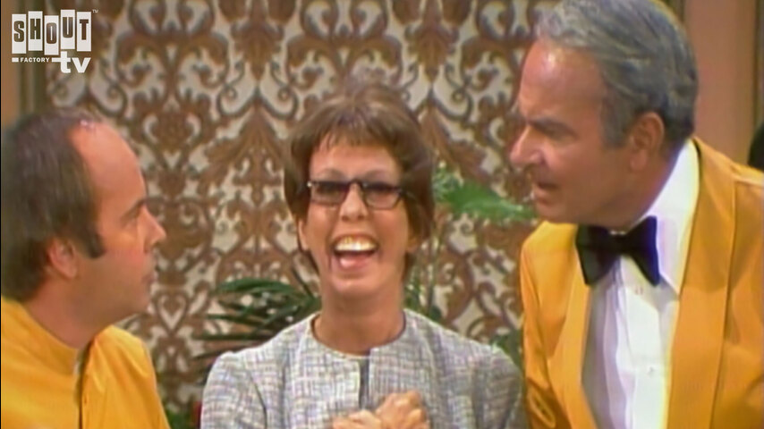 The Carol Burnett Show: S9 E12 - Family Show