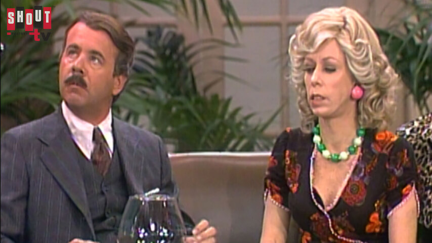 The Carol Burnett Show: S10 E14 -  Family Show