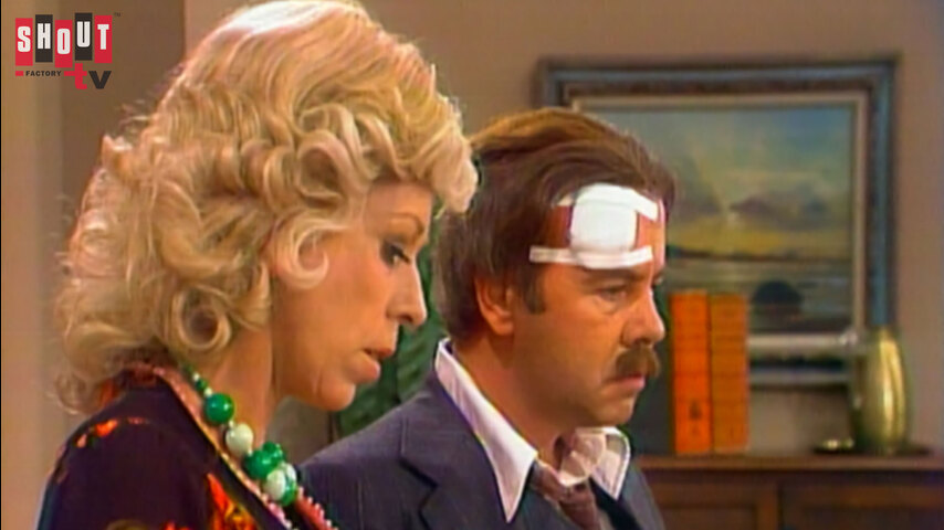 The Carol Burnett Show: S10 E18 - Family Show