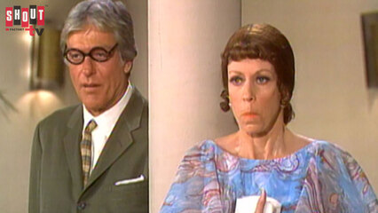 The Carol Burnett Show: S10 E13 - Dick Van Dyke