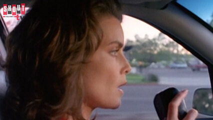 Silk Stalkings: S5 E2 - The Lonely Hunter