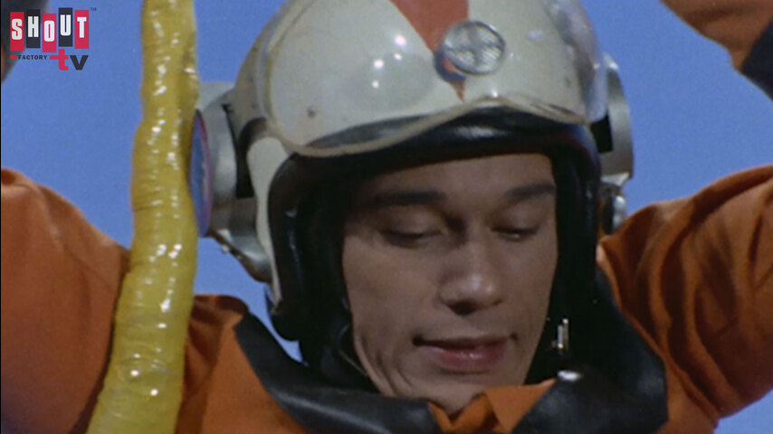 Return Of Ultraman: S1 E29 - Jiro Rides A Monster