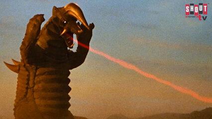 Return Of Ultraman: S1 E37 - Ultraman Dies At Sunset