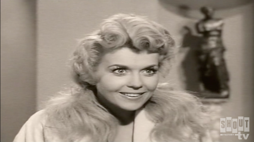 The Beverly Hillbillies: S1 E9 - Elly's First Date