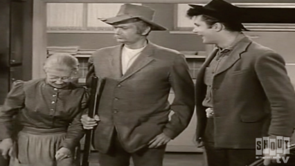 The Beverly Hillbillies: S1 E24 - Jed Becomes A Banker