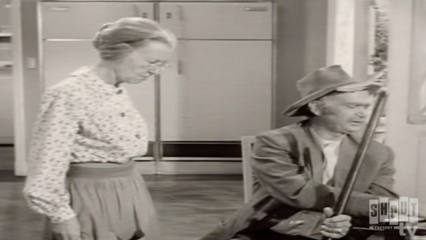 The Beverly Hillbillies: S1 E29 - The Clampetts And The Dodgers