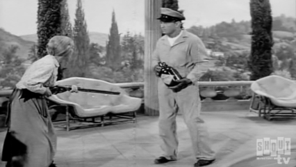 The Beverly Hillbillies: S2 E8 - The Clampetts Are Overdrawn