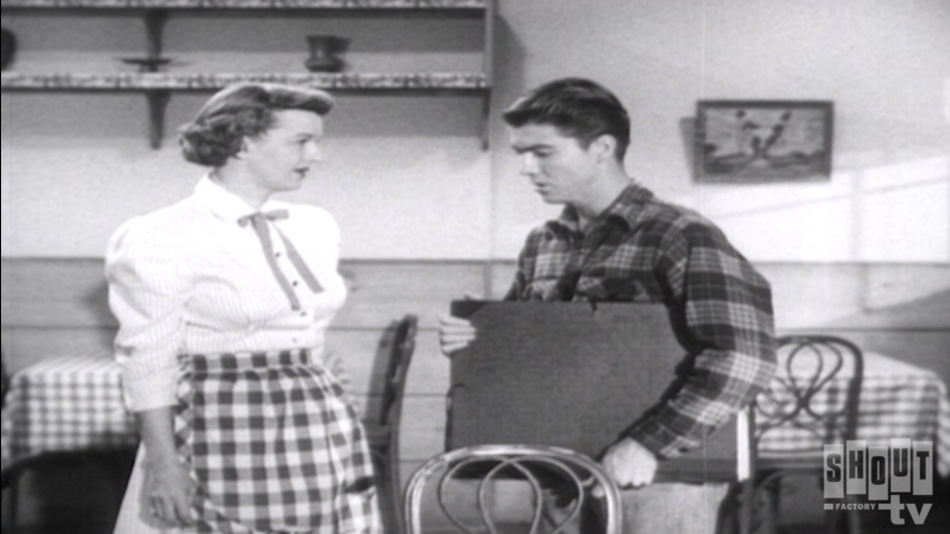 The Roy Rogers Show: S4 E9 - Strangers