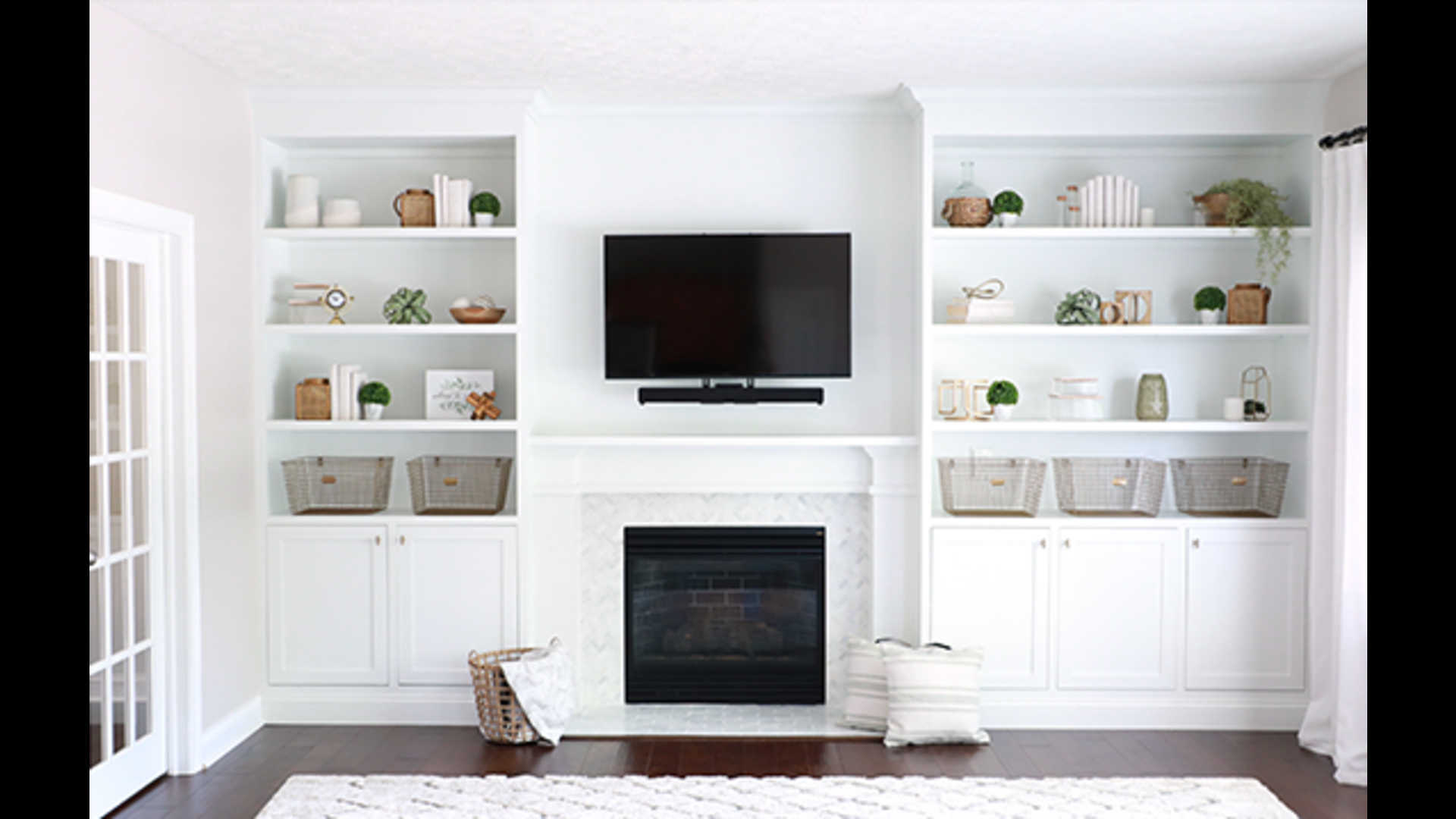 Built Ins Shelf Decorating Ideas Living Room from gvimage.zype.com