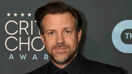 07/15/21 | Jason Sudeikis Breaks His Silence + Screen Time with Dove Cameron