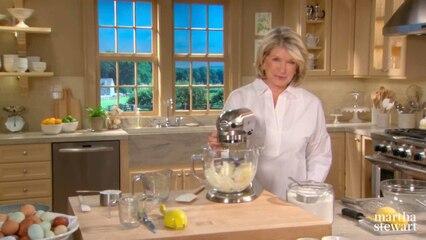 Martha Bakes: Bundt Cakes