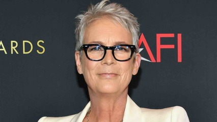 10/08/21 | Jamie Lee Curtis Gets Real About Aging in Hollywood + Carly Pearce on How BFF Kelsea Ballerini Helped Her Through Divorce