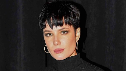 Halsey Showcases 'Real' Postpartum Body After 'SNL' Compliments: 'Do Not Want to Feed the Illusion'